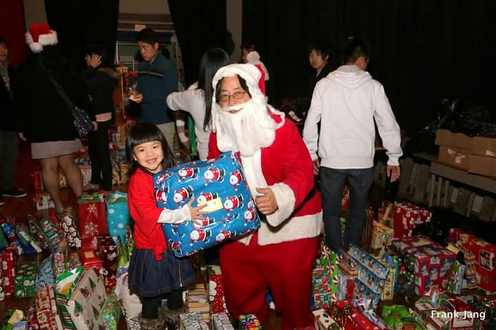 2012-12-16 CCDC Gift Giving - download%2B2.jpg