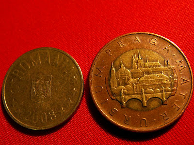 moneda de 50 de bani si moneda de 50 de coroane - verso