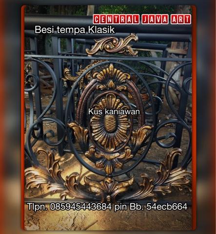 CENTRAL JAVA ART, WA,085945443684 XL, TLPN,085329003383 TELKOMSEL Alamat; jl.H.Bidong raya rt.03 rw.04 ketapang .cipondoh tangerang http://centraljavaartbesitempaklasik.blogspot.com/  Spesialis pembuatan, pengerjaan atau pengrajin Pintu, Gerbang, Pagar, Besi Tempa, Pagar Klasik, Pagar Rumah, Pagar Mewah, Pagar Klasik, Besi, Tempa, Railing, Balkon, Tangga, Tangga layang, Tangga lengkung, Tangga Putar, klasik untuk Rumah Mewah.melayani pesanan khusus ornamen alferon besi tempa, baik didalam kota maupun luar kota-kota besar seperti : JaBoDeTaBek, Medan, Palembang,pekanbaru,batam,Lampung, Surabaya, Semarang, Jogjakarta, Bali, Lombok, Makasar, Menado, Kendari,Kutai,Kalimantan,papua,aceh,Expor ; malaysia juga australia dll, bahkan sampai keluar Negeri. Produk - produk kami antara lain adalah :             pagar besi tempa Jakarta,jual ornamen,             pagar besi tempa klasik,jual ornamen besi tempa,             pagar besi tempa mewah,jual ornamen klasik             pagar besi tempa,jual ornamen besi tempa klasik             pagar besi tempa antik,jual ornamen antik             aksesoris pagar besi tempa,jual ornamen cor alluminium             pagar alferrom besi tempa, jual ornamen alferron             harga pagar besi tempa,jual ornamen allferrom             jual pagar besi tempa, jual ornamen alferom klasik             pagar balkon besi tempa,jual matrial besi tempa             harga pagar besi tempa terbaru, jual asesories besi tempa             pagar besi tempa model classic dan minimalis,jual asesoris pagar tempa             cat pagar besi tempa,jual ornamen pagar besi             contoh pagar besi tempa,jual ornamen pagar tempa klasik             cara membuat pagar besi tempa, jual ornamen balkon             contoh model pagar besi tempa, jual ornamen tangga             desain pagar besi tempa, jual ornamen railling tangga             desain pagar besi tempa klasik, jual ornamen spesial besi tempa             pagar dari besi tempa, jual ornamen gerbang klasik   