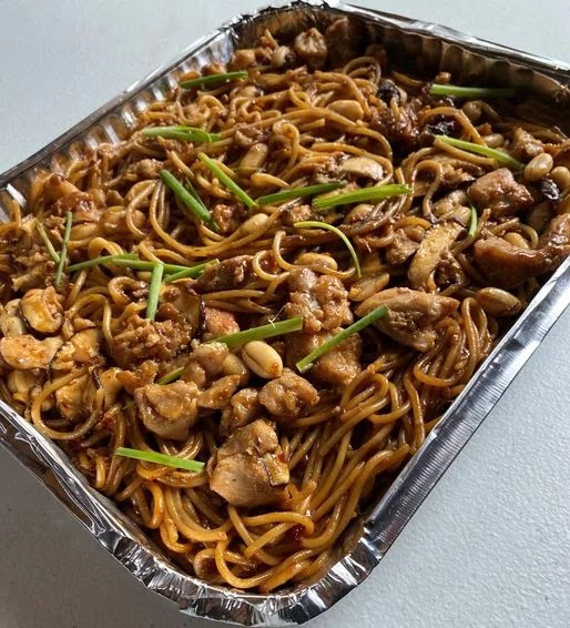 Yellow Cab's Charlie Chan Pasta Party Tray