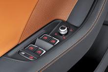 2014_Audi_A3_Sedan_28