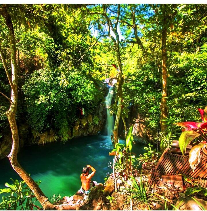 kroya waterfall singaraja