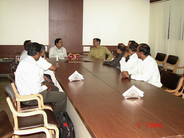 Demonstration of Amateur Radio Satellite communication to Mr Annadurai and Mr Raghavamurthy - DSC00165.JPG