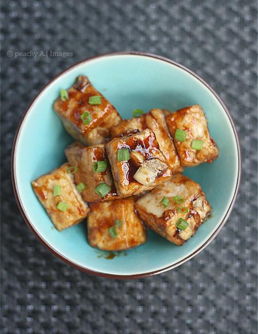 Tofu in Garlic Sauce | www.thepeachkitchen.com