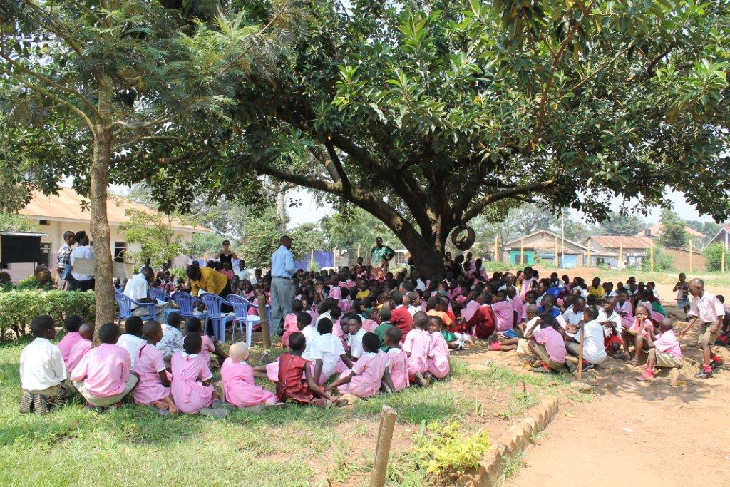 Bezoek nov./dec. 2011 - Schooldag - Laatste%2Bschooldag12.jpg