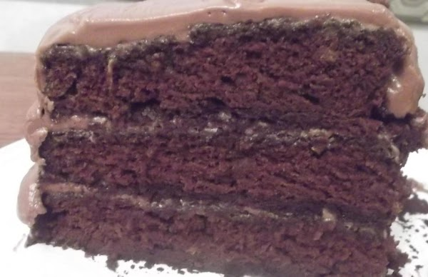 Moist Chocolate Cake W/ Chocolate Frosting Recipe