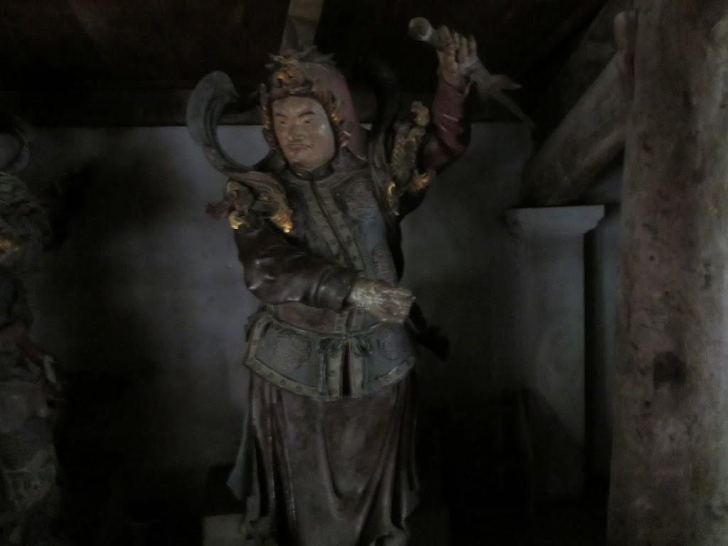 0030Ngo_Quyen_Temple