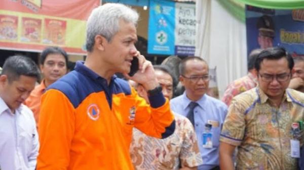 Foto: Ganjar Pranowo. Ditelepon Jokowi Soal Bansos, Ini Jawaban Ganjar.