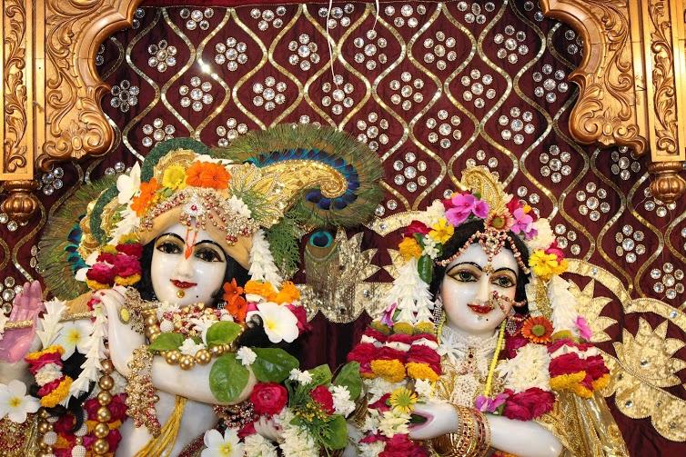 ISKCON Vallabh Vidhyanagar  Deity Darshan 09 April 2016 (4)