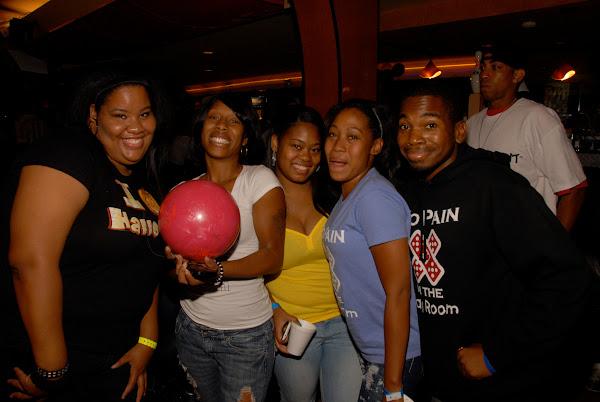 KiKi Shepards 9th Celebrity Bowling Challenge (2012) - DSC_0516.JPG