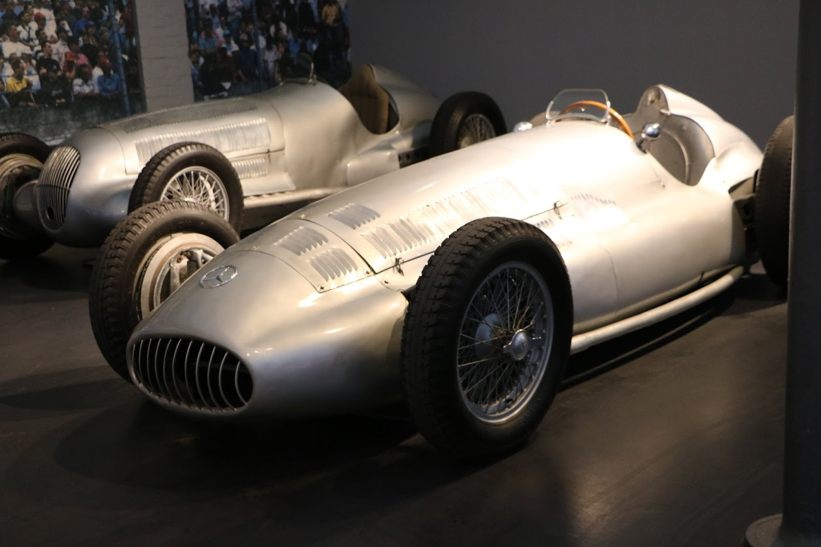 Schlumpf Collection 1132 - 1939 Mercedes Benz Monoplace GP W154.jpg