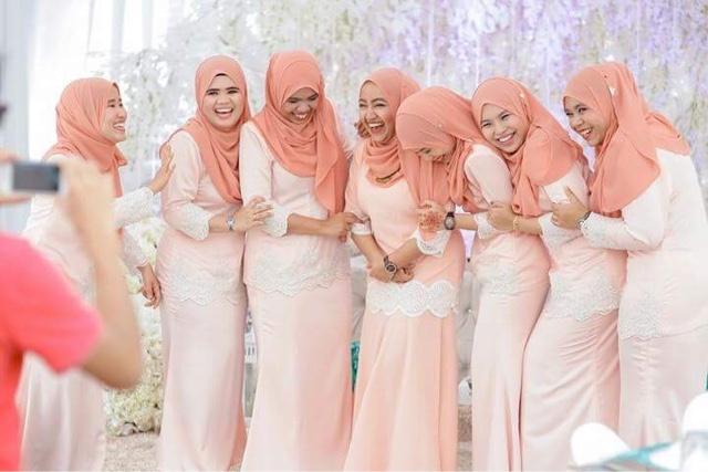 Malay awek baju kurung oren - 2 7