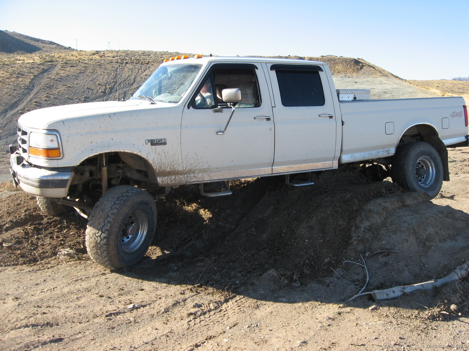 1997 Ford F-350 XL Crew Cab Pickup 5.8L V8 5-speed Manual