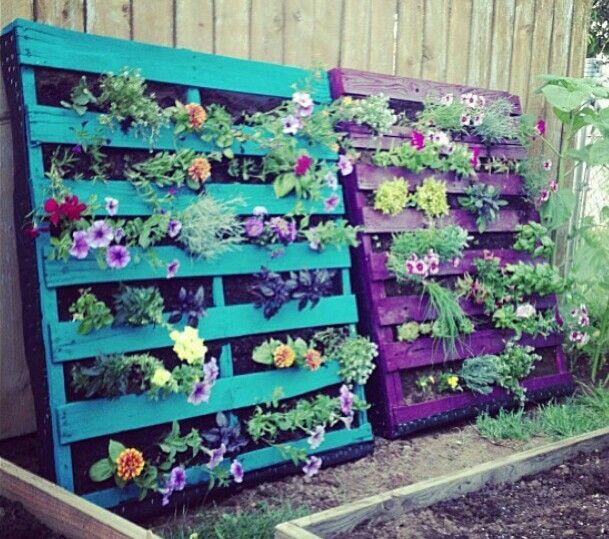 pallet decoration for garden