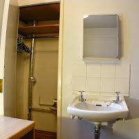 Room 09-sink