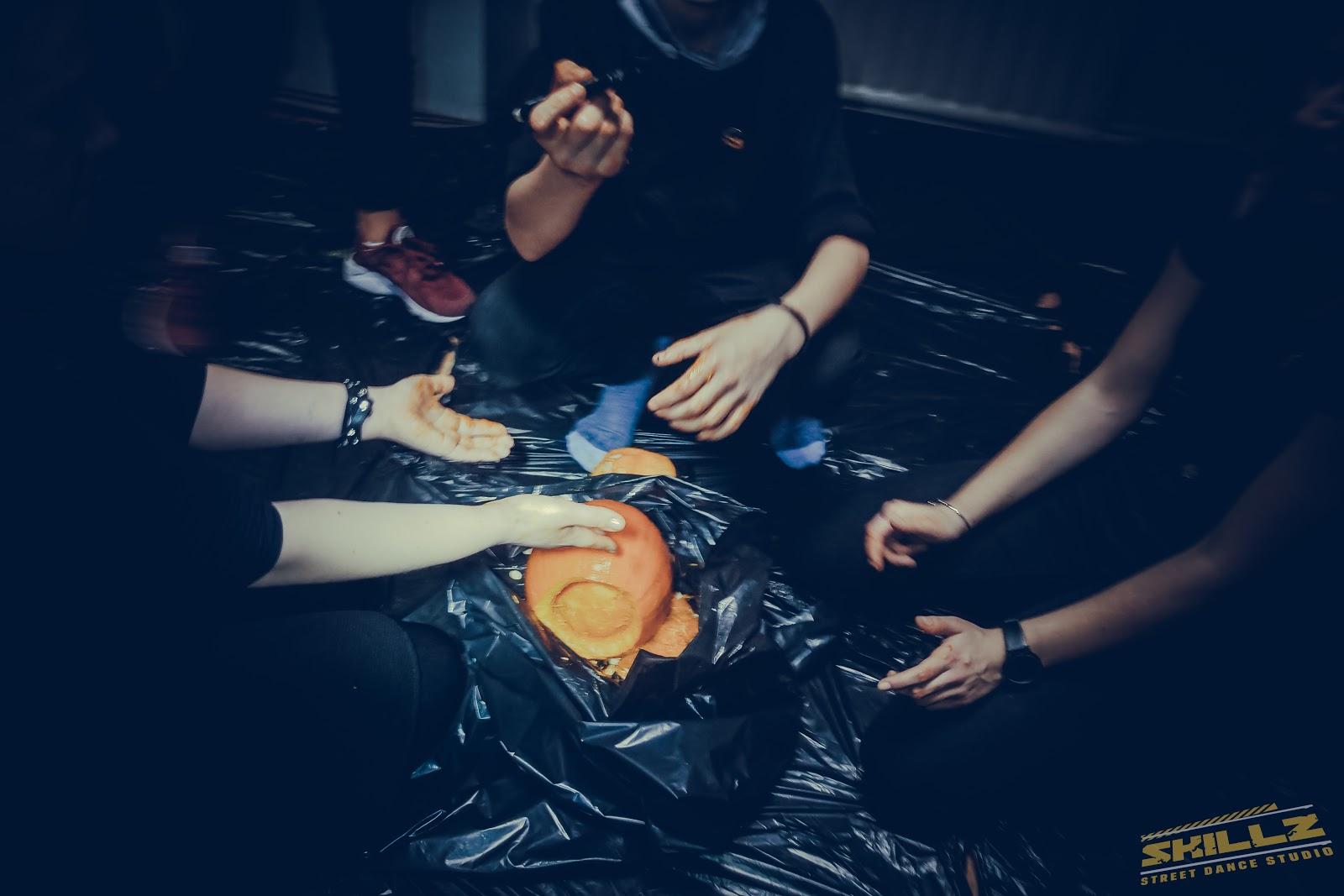 Naujikų krikštynos @SKILLZ (Halloween tema) - PANA2051.jpg
