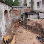 2011.09.09.-Remont schodów przy uchu igielnym.JPG