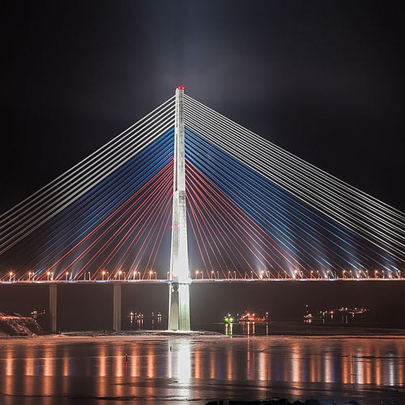 Russky Bridge: Russia's Billion-Dollar Vanity Bridge
