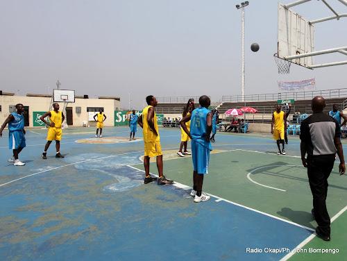 La MONUSCO construit un terrain de basket-ball à Ngaba