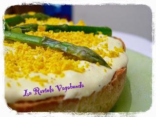 crostata salata con asparagi e chibouste al parmigiano ( di l. montersino)