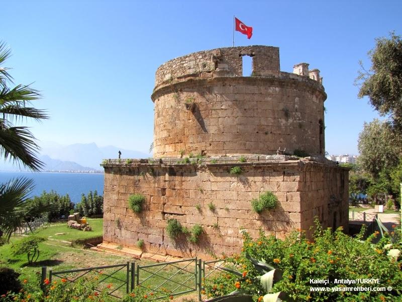 Antalya Kaleiçi ve Hıdırlık Kulesi