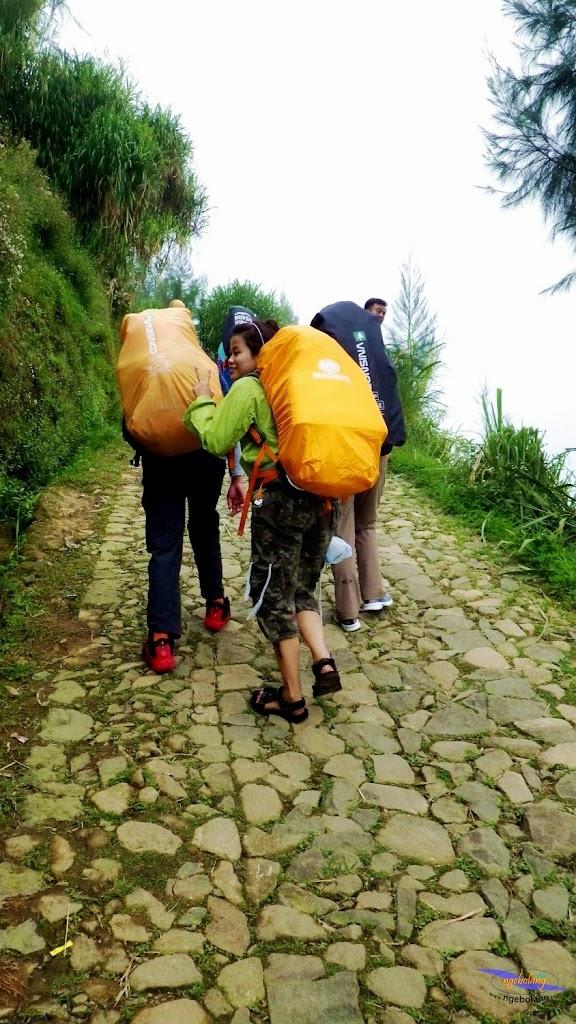 ngebolang gunung prau dieng 13-14-mei-2014 pen 006