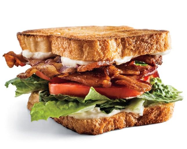 Hinh anh: Mot chiec banh Sandwich BLT