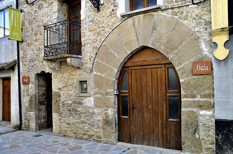 Albergue de peregrinos municipal de Santa Cilia de Jaca, Huesca, Camino Aragonés :: Albergues del Camino de Santiago