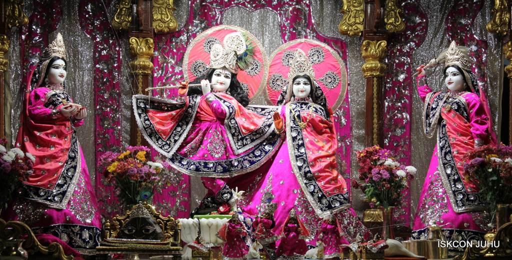 ISKCON Juhu Mangla Deity Darshan 18 Dec 2015 (19)