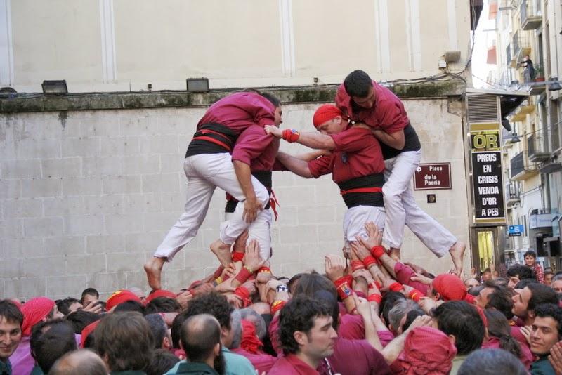 19è Aniversari Castellers de Lleida. Paeria . 5-04-14 - IMG_9474.JPG
