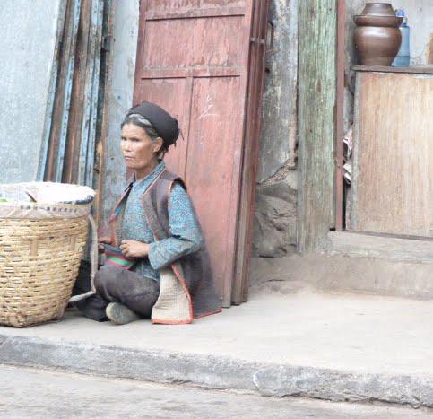 CHINE SICHUAN.XI CHANG ET MINORITE YI, à 1 heure de route de la ville - 1sichuan%2B672.JPG