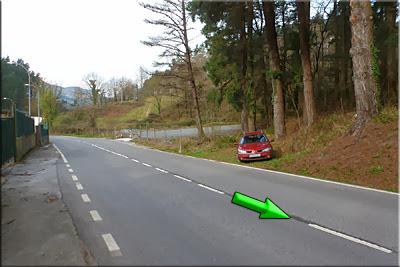 Pequeña zona para dejar el coche