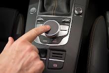 2014_Audi_A3_Sedan_29