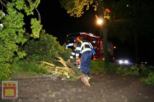 Noodweer zorgt voor ravage in Overloon 10-05-2012 (41).JPG