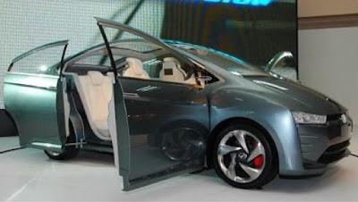 Gambar Perodua Bezza Terbaru
