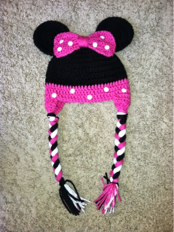 Christas Crocheted Creations: Minnie Mouse!