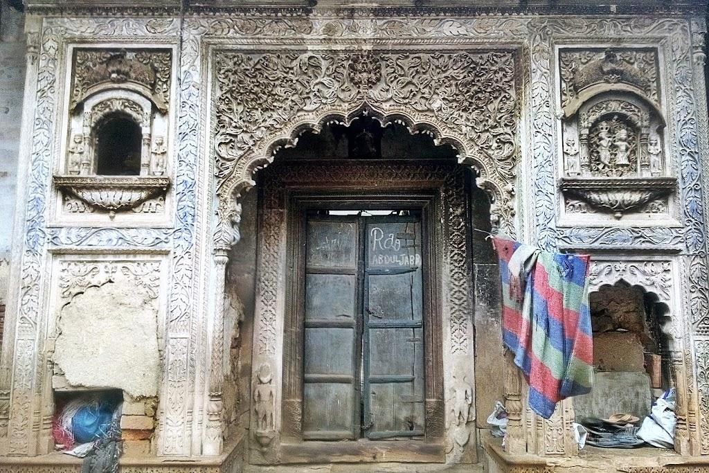 Parnami_Mandir_Chamber_Entrance