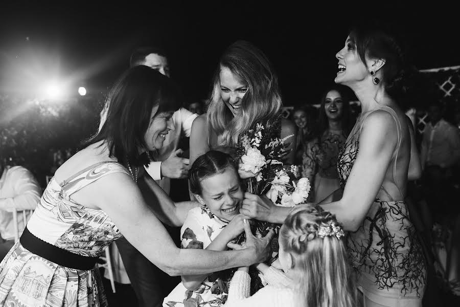 Wedding photographer Игорь Сазонов (IgorSazonov). Photo of 04.07.2017
