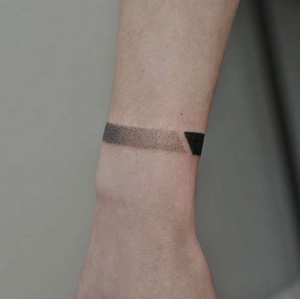 dotwork_pulseira_de_tatuagem