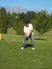 Joe D Pua Golfing, Joe D