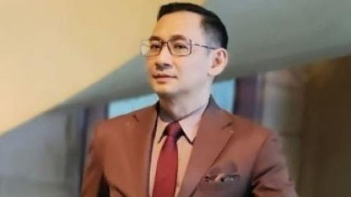 Kronologi Roy Suryo Ngamuk Usai Tabrak Mobil Versi Lucky Alamsyah