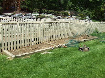 Handyman garden-Uncle Handy.JPG