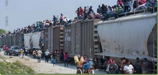 Illegal-Immigration-Crossing-The-Rio-Grande-520x245