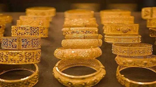 gold-rises-marginally-silver-down-by-rs-259