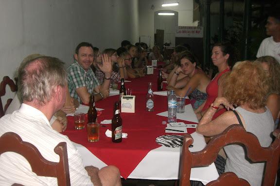 Les réunions du mardi soir au Casa Blanca dans L'école et le travail de volontaire