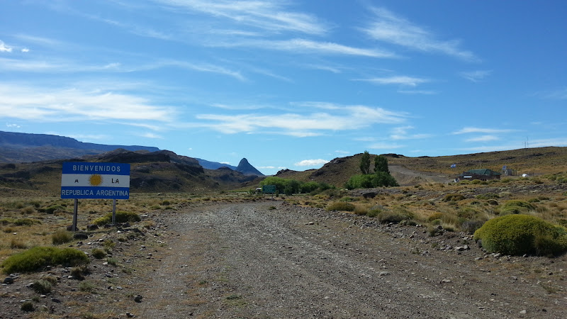 Paso Roballos Argentinian border