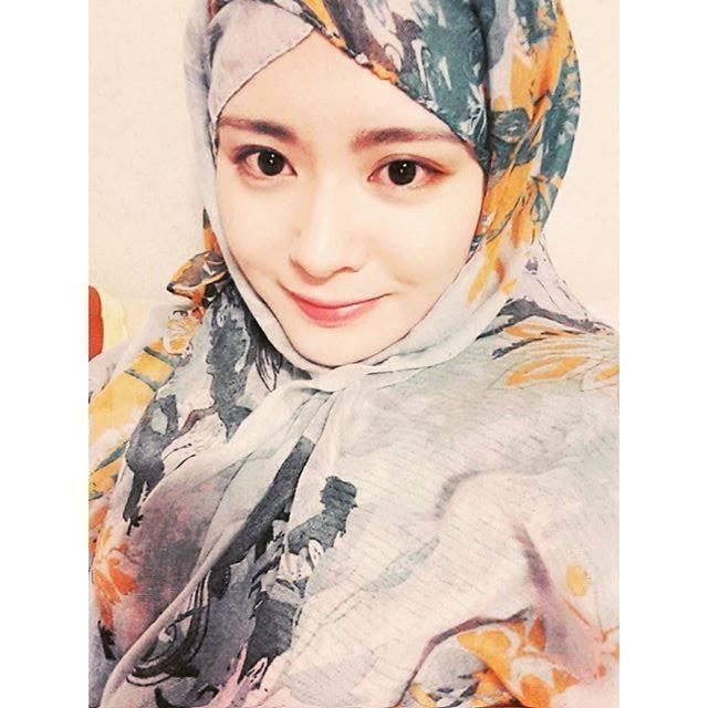 awek korea cantik masuk islam.jpg