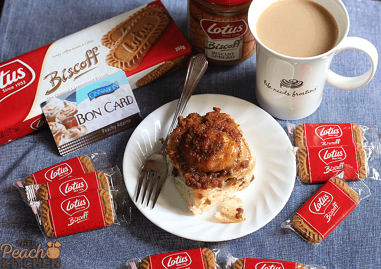 A Sweeter Christmas with Biscoff Cookie Minibon