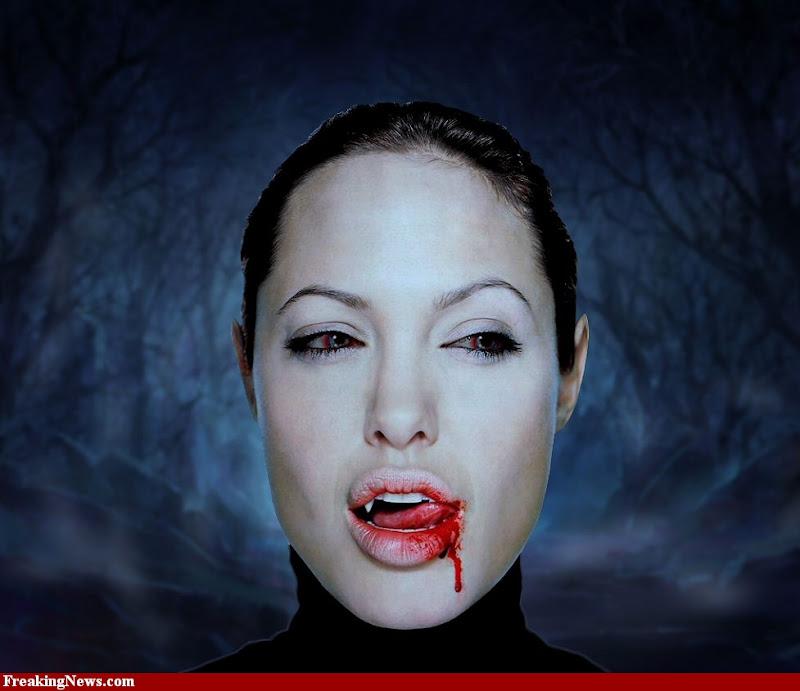Vampire Blood Smells, Vampire Girls 1