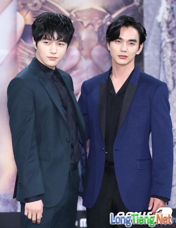 Yoo Seung Ho xấu hổ vì bắn tim quê mùa so với Kim So Hyun, L (Infinite) - Ảnh 7.